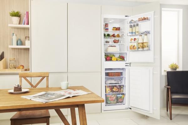 Beko BCFD150 Integrated 50/50 Fridge Freezer