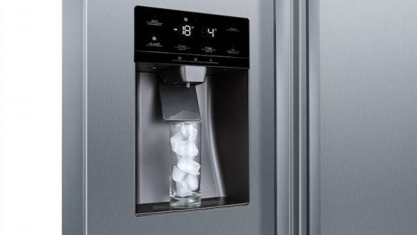 Bosch KAD93VIFPG American Side by Side Plumbed Fridge Freezer