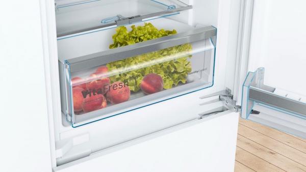 Bosch KIN86AFF0G Integrated 70/30 Frost Free Fridge Freezer