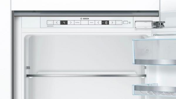 Bosch KIS86AFE0G Integrated 70/30 LowFrost Fridge Freezer