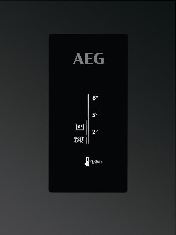 AEG RCB73726KW 60cm Frost Free Fridge Freezer