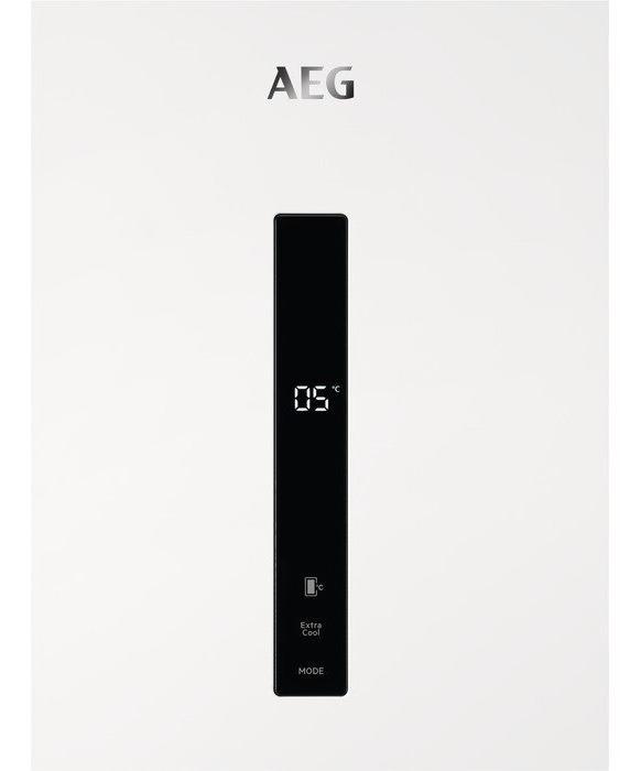 AEG RKB638E2MW 186cm Tall Larder Fridge