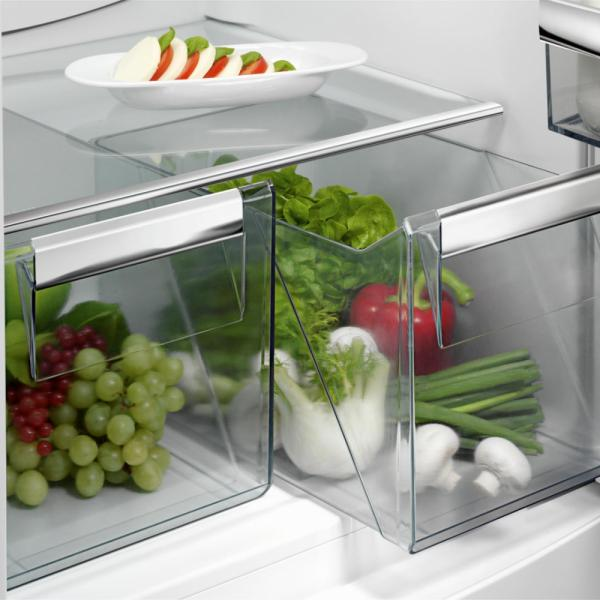 AEG SCE8186VTC Integrated 70/30 Fridge Freezer
