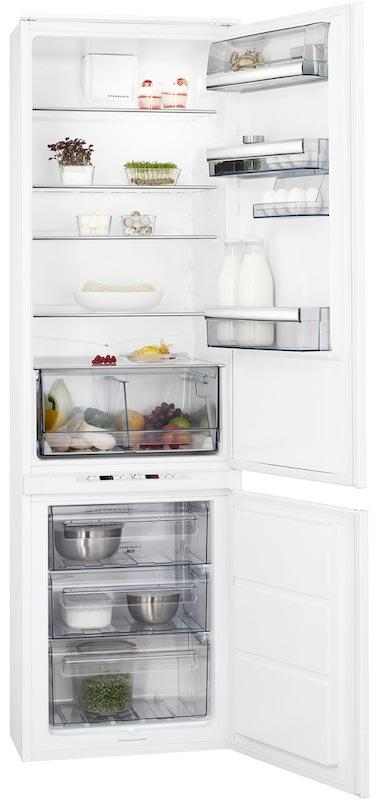 AEG SCS8191LTS Integrated 70/30 Extra Height Fridge Freezer